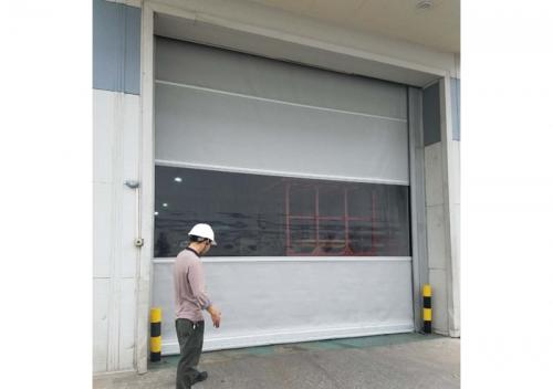 pvc透明卷帘门